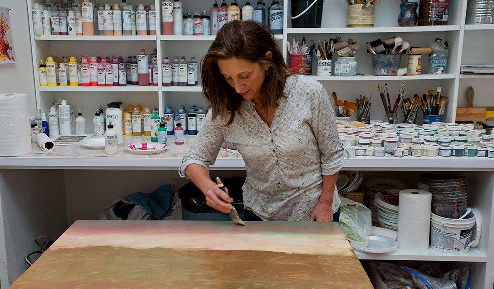 Nancy Reyner painting techniques demonstrating in her studio